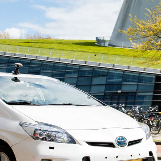 """Self-driving vehicles to revolutionise our mobility by 2030"""