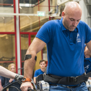 First steps with new exoskeleton build by students from Delft University of Technology