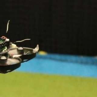 TU Delft scientists create world's smallest autonomous racing drone